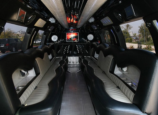 Stretch SUV limo rental in California
