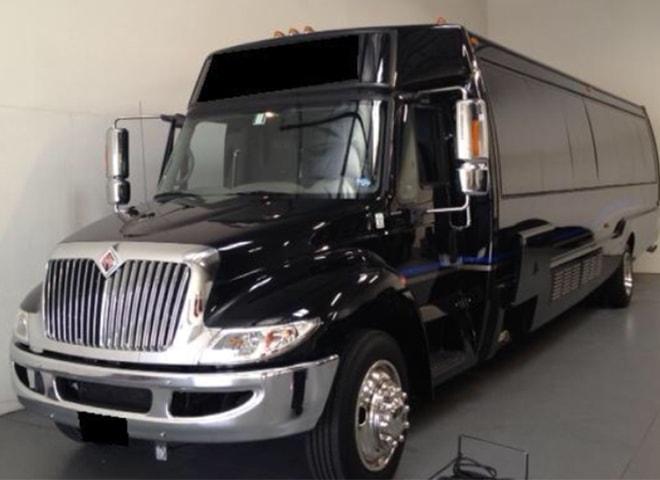 Luxurious Party Bus Rental in San Bernardino